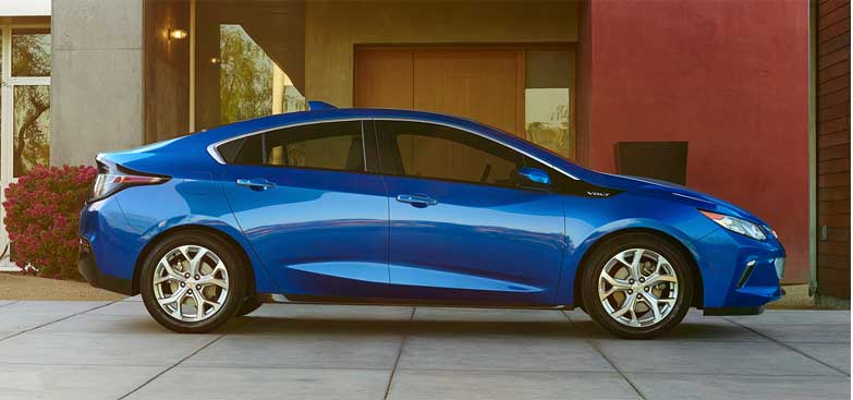 chevrolet volt named 2016 canadian green car of the year